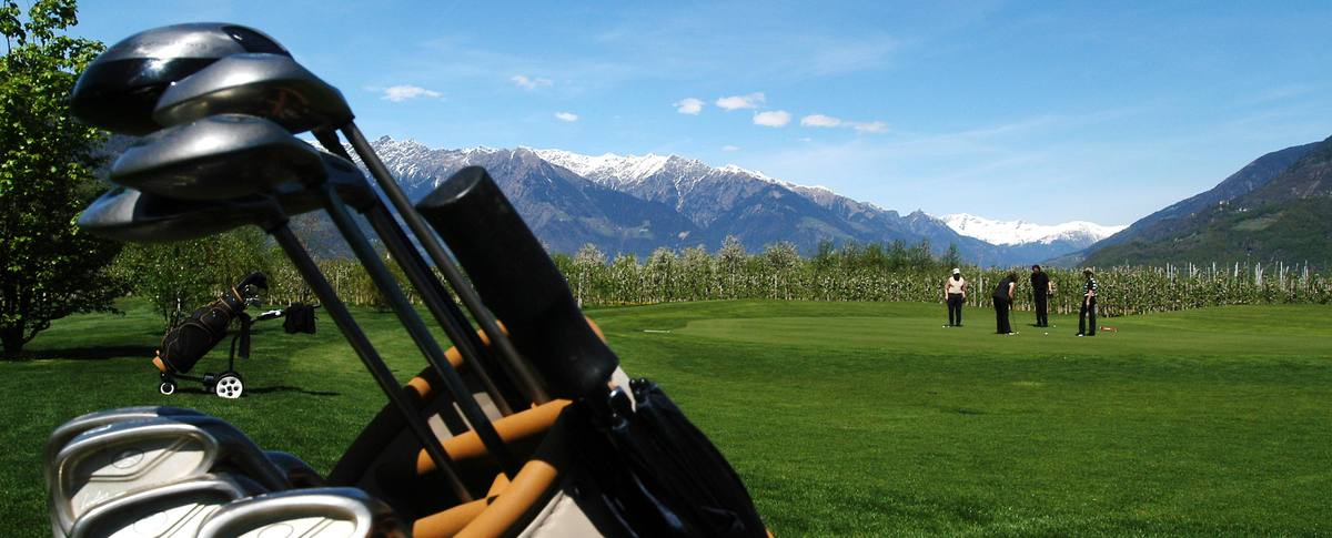golf-urlaub-in-suedtirol-1161-1200x485-c-x50-y50