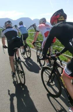 Mit dem Rennrad Südtirol erkunden