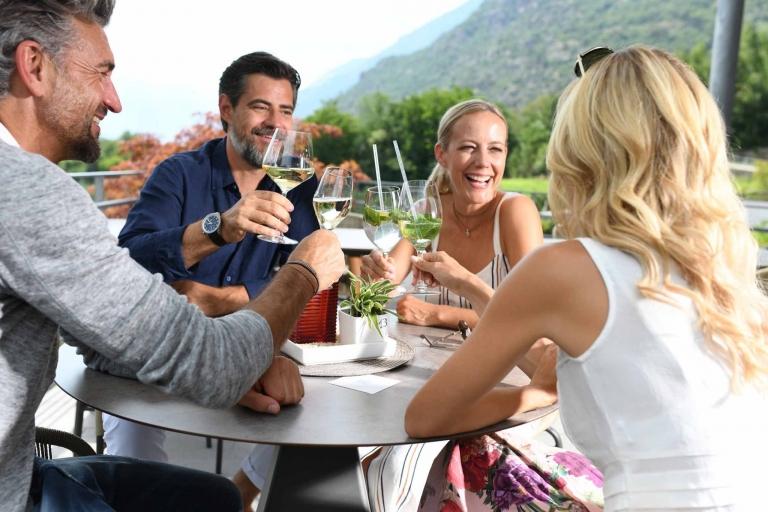 Weißwein aus Südtirol im Lindenhof