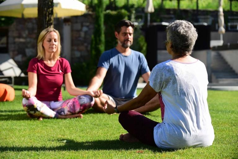 Übungen für die Gesundheit - Yoga im Lindenhof