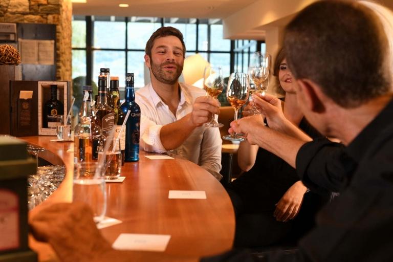 Anstoßen mit Whisky - Lindenhof Degustation