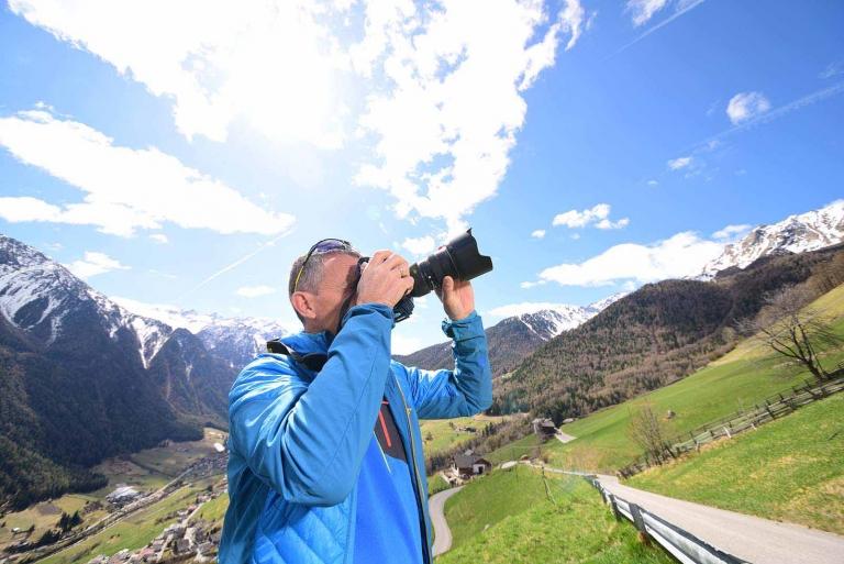 Fotograf Helmut Matelltal in den Bergen