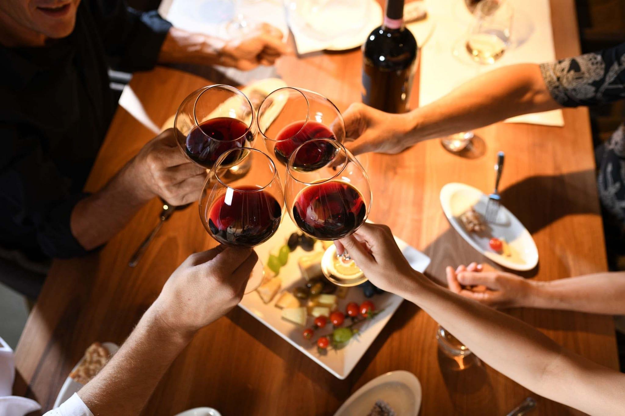 Wein und Kulinarik im Lindenhof