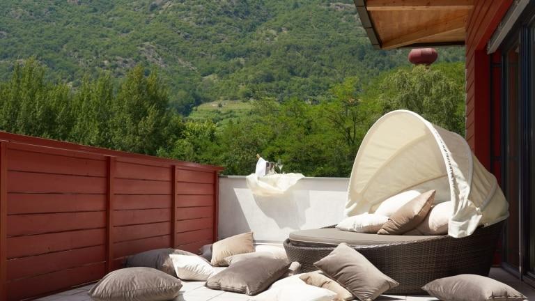 Kuschelmuschel auf der Terrasse