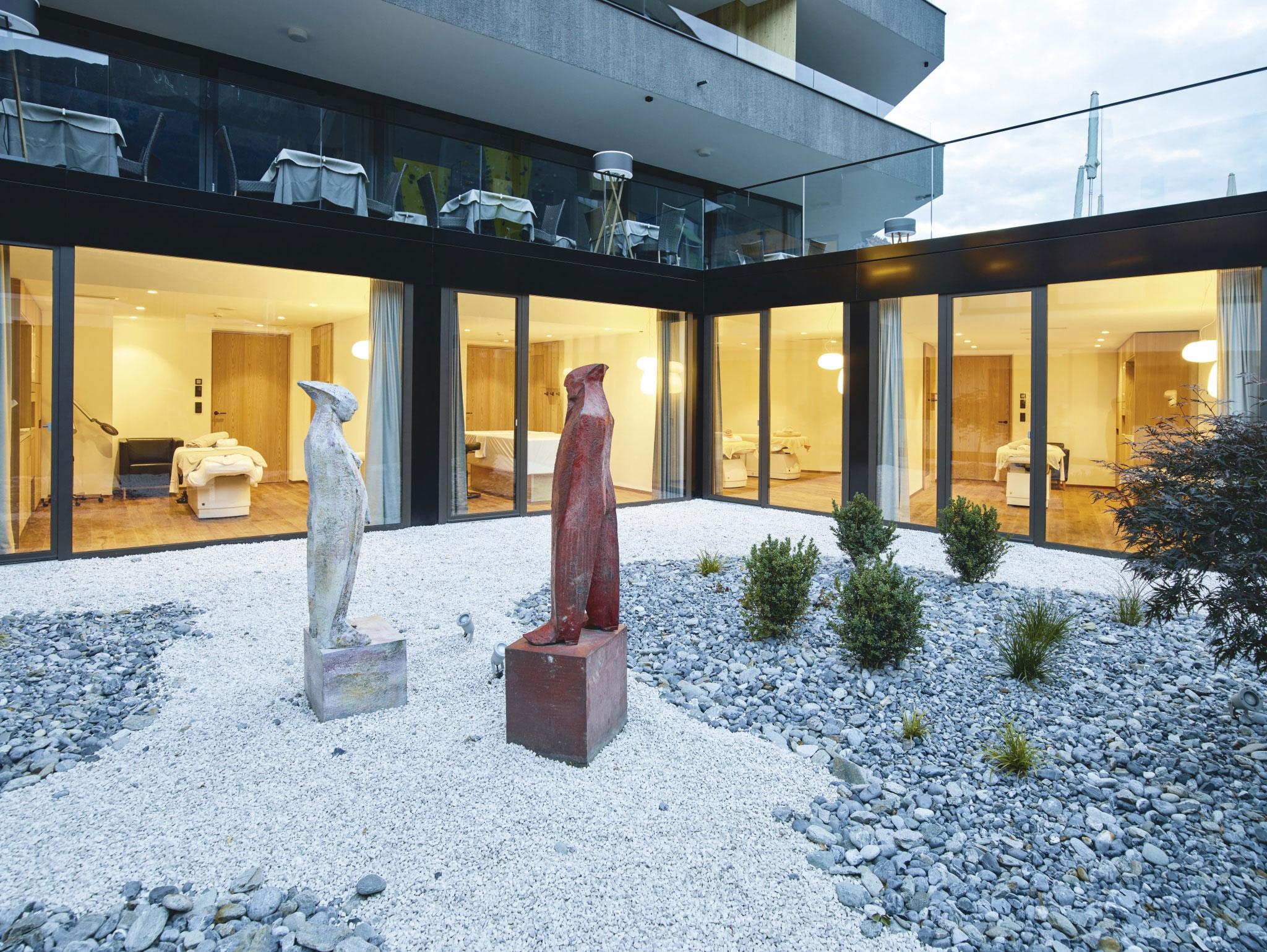 Skulpturen im Außenbereich