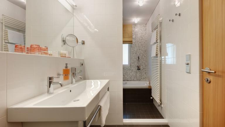 Reschenzimmer Badezimmer im Lindenhof