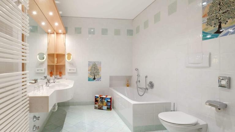 Stammhaus Suite Badezimmer - Lindenhof