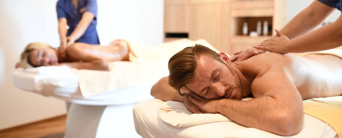 Vielfältige Massagen und Anwendungen im Lindenhof