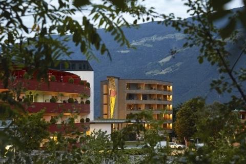 Hotel Lindenhof aus der Ferne
